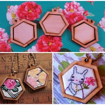 3 Mini Hexagon Pendant Embroidery Blanks - wood hexie Frame Necklace Craft Suppl